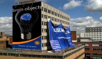 photo_Brain_objects_building_banners_daytime sky